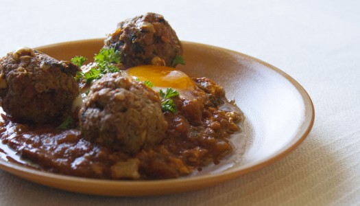 Tajine oeufs et boulettes de viande façon marocaine
